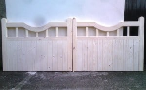 Made to measure Redwood driveway gates