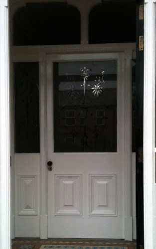 Hardwood Painted Vestibule Door With Bespoke Etched Glass Panel